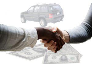 חוק מכירת רכב משומש: כל מה שצריך לדעת כשקונים רכב יד שנייה